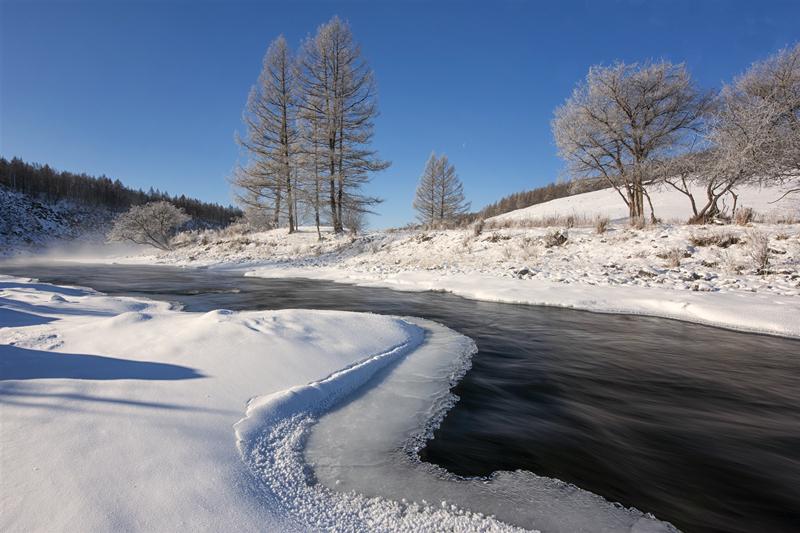 阿尔山不冻河