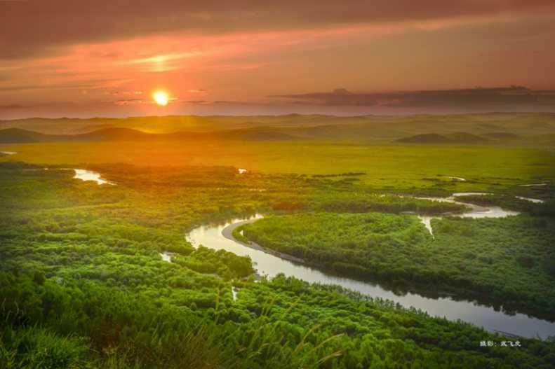 额尔古纳湿地晚霞