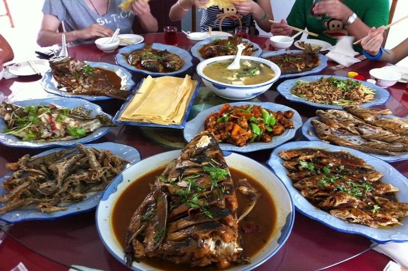 呼伦湖鱼宴