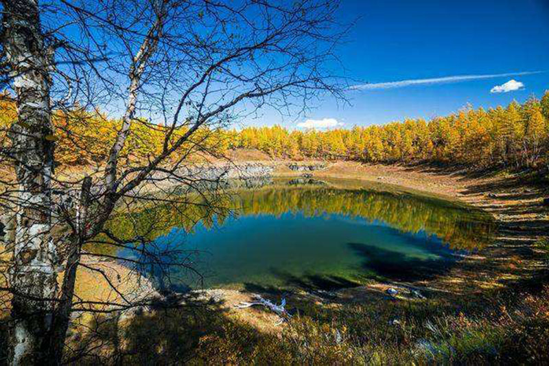 阿尔山地池