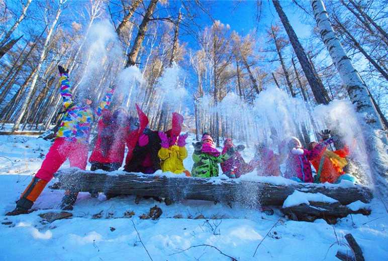 呼伦贝尔冰雪那达幕根河冷极驯鹿6日休闲摄影活动