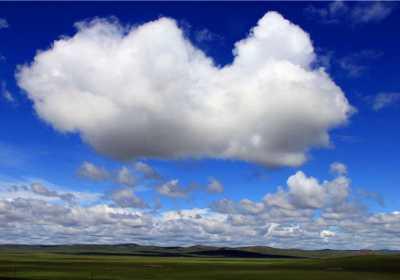 呼伦贝尔大草原为什么这么吸引中外游客前往