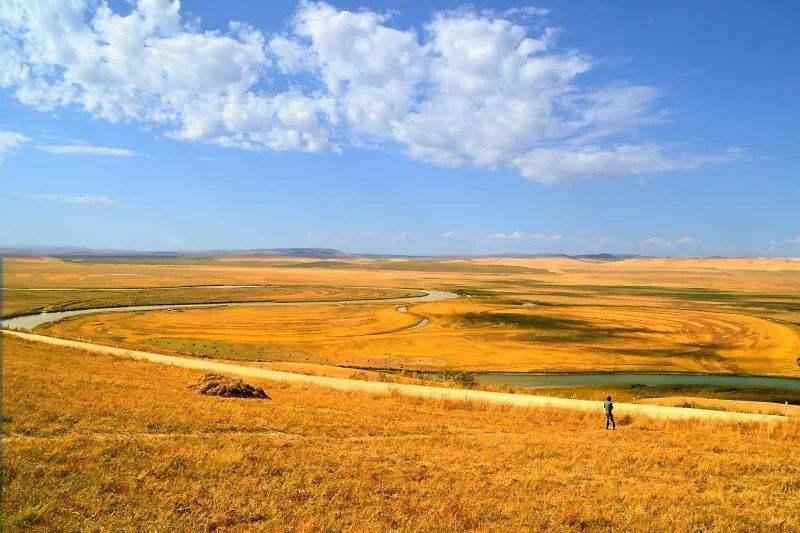 秋季乌兰山太极图