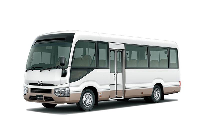 丰田考斯特中巴车